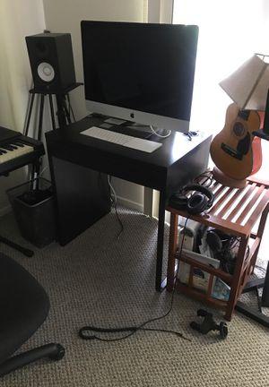 IKEA desk with hidden power strip shelf for Sale in Los Angeles, CA