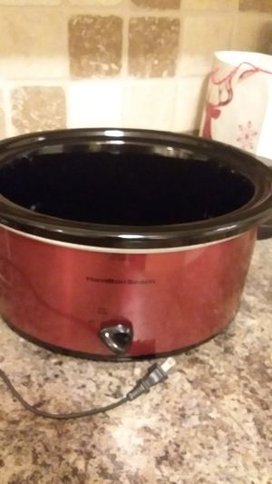 Hamilton beach red crockpot for Sale in Marion, IL