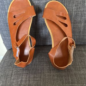 Leather Sandles for Sale in Lilburn, GA