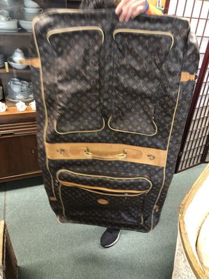 Big Louis Vuitton travel bag for Sale in Silver Spring, MD