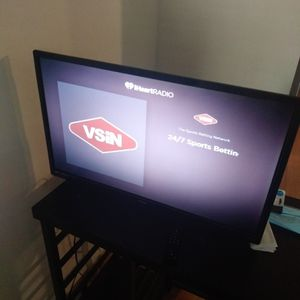 32 Inch Phillips Smart Tv for Sale in Pompano Beach, FL