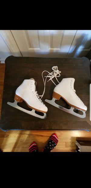 Vintage Reidell womens ice skates (size 6.6.5) for Sale in Alexandria, VA