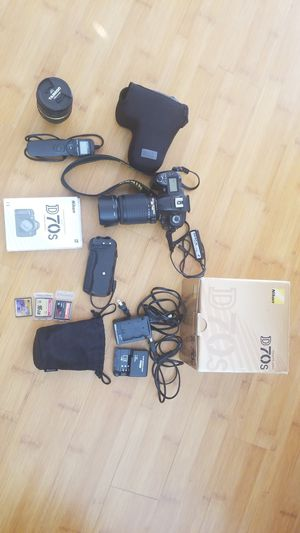 Nikon D70s with 2 VR lenses and more starter kit in excellent condition. for Sale in Escondido, CA
