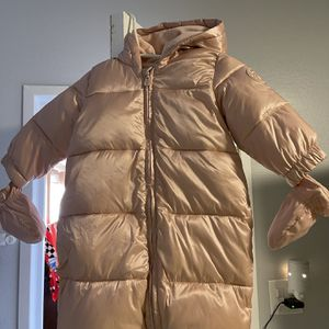 Baby Girl 👶 Snowsuit for Sale in Cerritos, CA