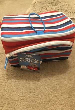 Personal cooler ( Arctic zone company) for Sale in Herndon, VA
