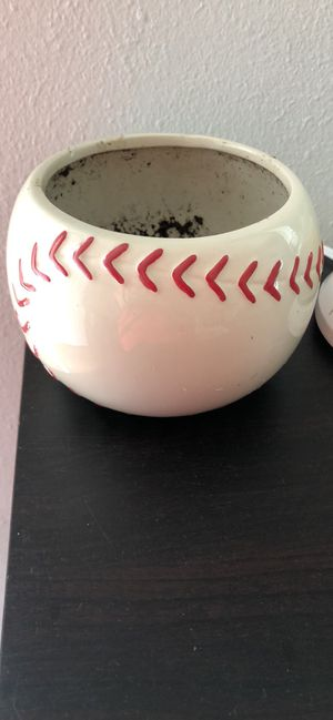 Baseball flower pot for Sale in Imperial, MO