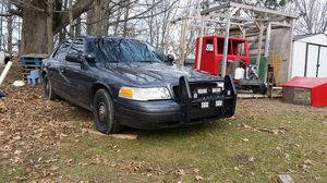 2005 crown Vic actual p71 police interceptor for Sale in Custer, MI