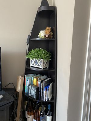 Corner piece book shelf for Sale in San Francisco, CA