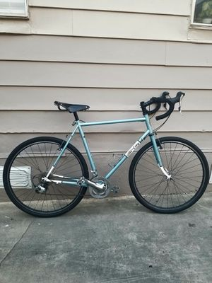 Road bike for Sale in Los Angeles, CA