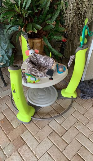 Exersaucer missing few toys good condition for Sale in St. Cloud, FL