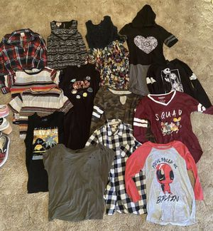Girl's Clothes for Sale in Moreno Valley, CA