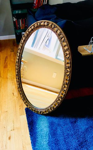 Oval Mirror with metal detailing for Sale in Silver Spring, MD
