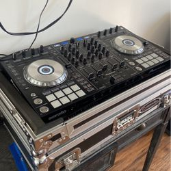 Dj-s2x 4 Channel Ready for Sale in Fresno,  CA