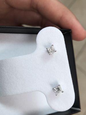 18K Diamond Earrings for Sale in Houston, TX