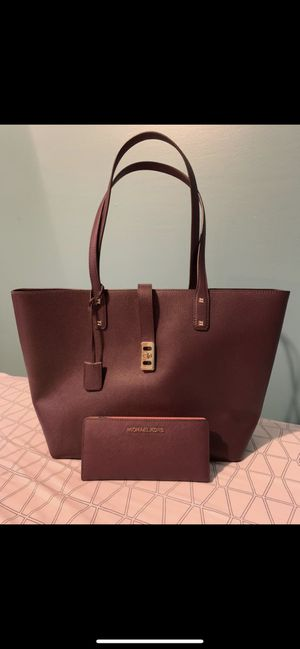 MK Large tote for Sale in Burtonsville, MD