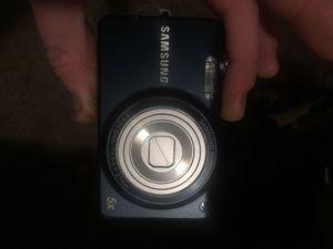 Samsung digital camera : 5x zoom 14.2 megapixels for Sale in Fresno, CA