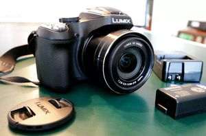 Panasonic Lumix DMC FZ70 16.1 MP 60x Zoom HD Digital Camera for Sale in Hesperia, CA