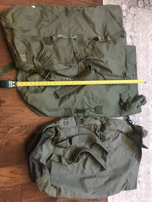 3 Genuine Army Duffles - price for ALL for Sale in Atascocita, TX
