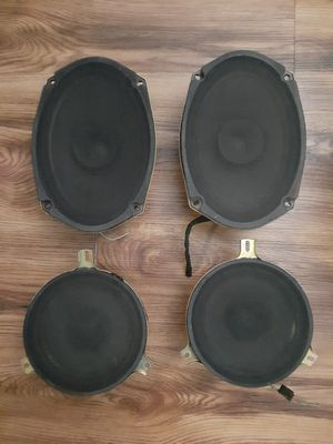 Set of 4 automotive speakers.  Boston Acoustics. P05059063AB and P0508167 for Sale in San Diego, CA