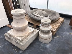 Compania Garden Fountain - LARGE for Sale in Puyallup, WA