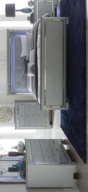 ALLURA LED SILVER PANEL BEDROOM SET for Sale in Houston, TX