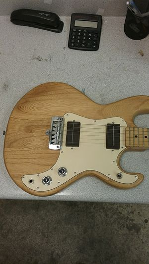 Peavey T-15 Electric Guitar for Sale in Amarillo, TX