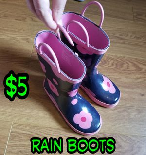Kid's rain boots for Sale in Pearland, TX