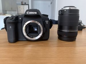 Canon EOS 7D + Lense + Accessories for Sale in BOWLING GREEN, NY