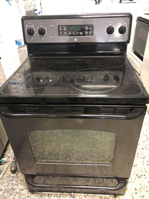"""30"""" Ge black stainless steel stove electric with warranty for Sale in Woodbridge, VA"""