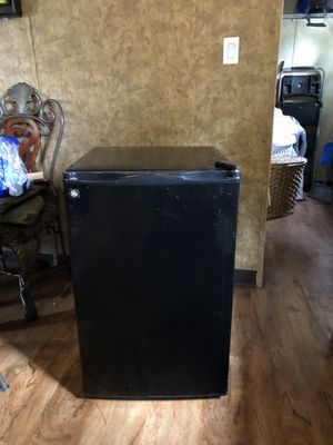 General electric mini fridge for Sale in Westminster, CO