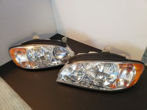 2003 Kia Spectra Headlights (Pair) for Sale in Bakersfield, CA
