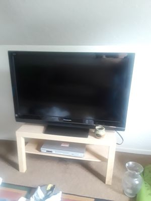 "tv 47""Panasonic for Sale in Cleveland, OH"