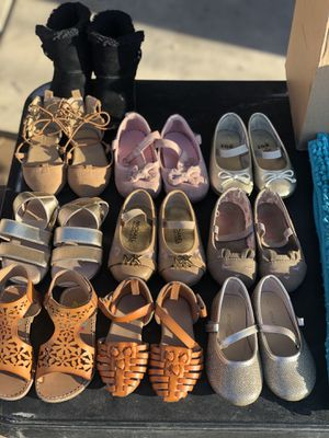 Toddler Girls shoes for Sale in Yuma, AZ