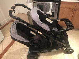 Double stroller/ coche doble for Sale in Miami, FL