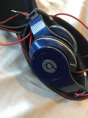Beats by dre headphones for Sale in Cibolo, TX