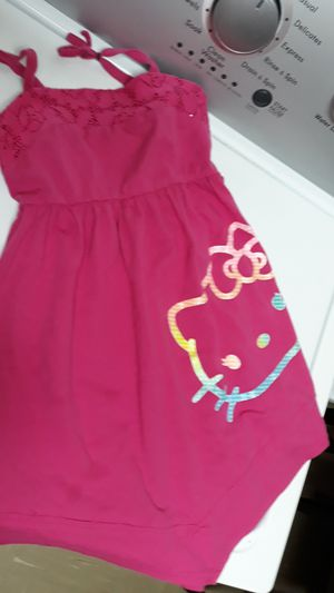 Pink hello kitty dress 6t for Sale in Colton, CA