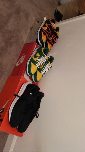 Off White Michigan's , Brazil Dunk , Sacai LD Nike SIZE 14 for Sale in Greensboro, NC
