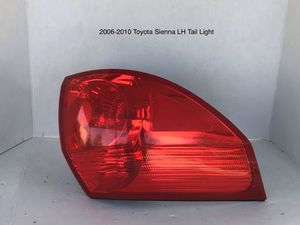 2006-2011 Toyota Sienna Driver Side Tail Light for Sale in Jurupa Valley, CA