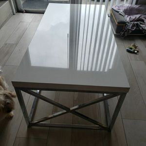 Coffee Table for Sale in Miami Springs, FL