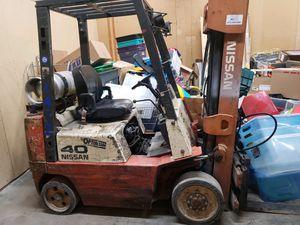 Nissan Propane Forklift for Sale in Murfreesboro, TN
