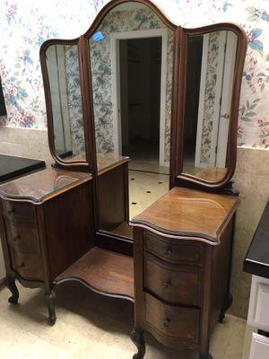 Antique/Vintage Vanity/Dresser REDUCED for Sale in Orlando, FL