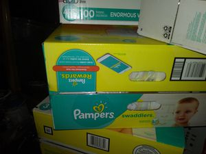 Pamper diapers new big box size 3 4 and five also 6 large pack of wipes for Sale in Mesa, AZ