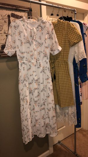 White Floral Dress for Sale in Vancouver, WA