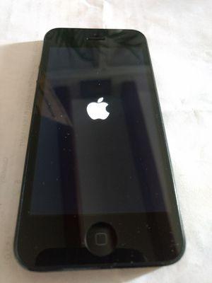 iPhone 5 great shape 16GB unlocked black for Sale in North Miami Beach, FL