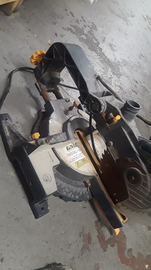 Slide coumpound miter saw,10 inches works good. 50$ for Sale in Tarpon Springs, FL