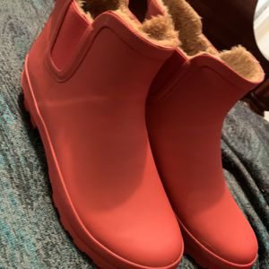 Rain Boots Size 10 for Sale in Henderson, NV