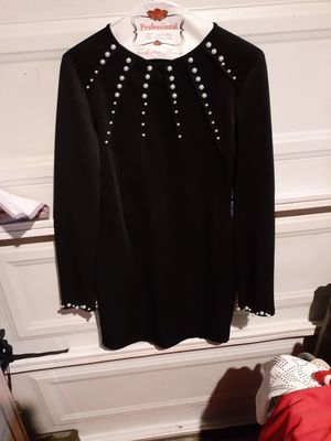Black dress size medium can fit large for Sale in Santa Ana, CA