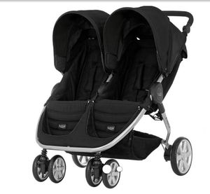 Britax Double Stroller for Sale in Nashville, TN