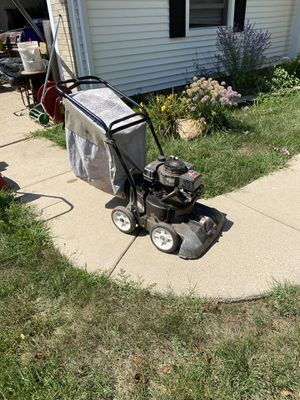 Vacuum , blower , chipper in one for Sale in Elk Grove Village, IL