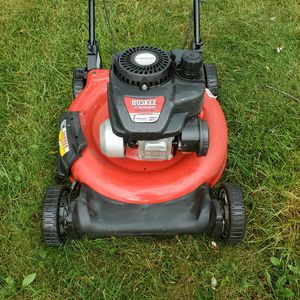 "GAS LAWN MOWER HUSKEE 140CC 21"" CUT LAWNMOWER for Sale in Sterling Heights, MI"